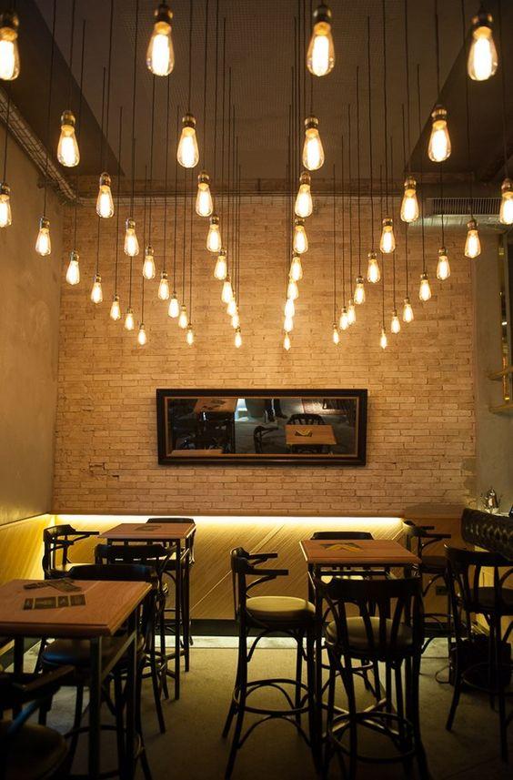 bombillas_decorativas_edison_alineadas_instaladas