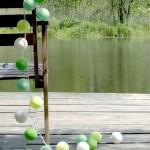 guirnaldas verdes en jardin
